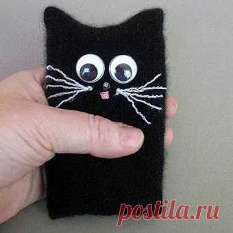covers from fur for phone the hands of the picture: 9 thousand images are found in Yandex. Pictures