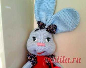 Weich gestricktes Spielzeug-Kaninchen. Osterverkauf Amigurumi | Etsy