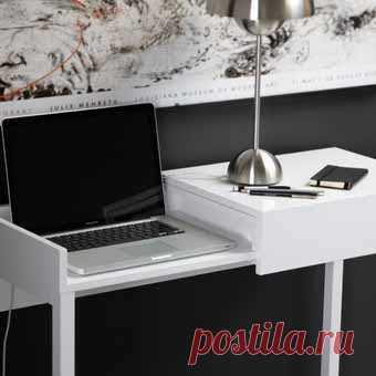 Даже маленький ноут способен занять почти все пространство на столе-1