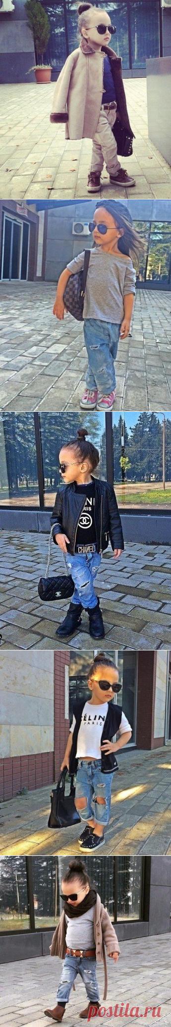 Маленькая модница.
