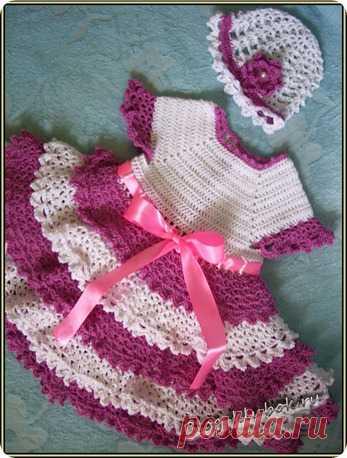 Двухцветное вязаное платье для малышки | Уроки вязания для начинающих бесплатно. Вязание спицами, крючком.