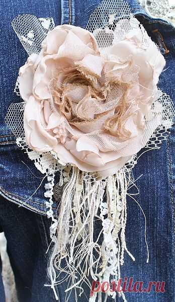 Винтажный цветок