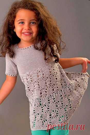 Платье бледно-серое для девочки - Детские платья, сарафаны, туники крючком