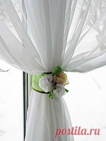 Нежные розы для романтической шторы.