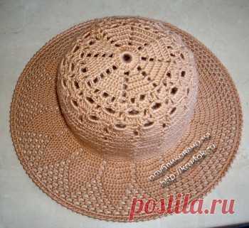 Вязаная крючком шляпа
