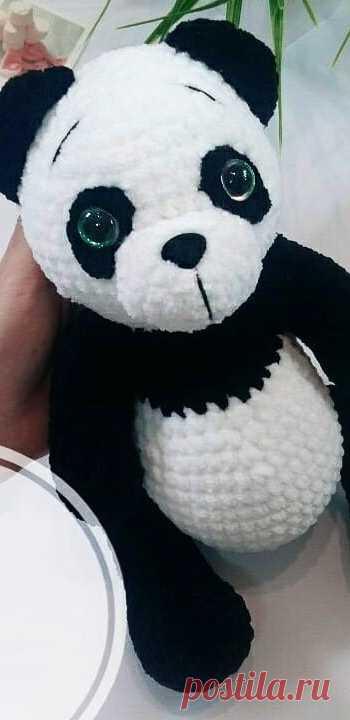PDF Панда крючком. FREE crochet pattern; Аmigurumi animal patterns. Амигуруми схемы и описания на русском. Вязаные игрушки и поделки своими руками #amimore - Панда, медведь, плюшевый медвежонок, мишка из плюшевой пряжи.