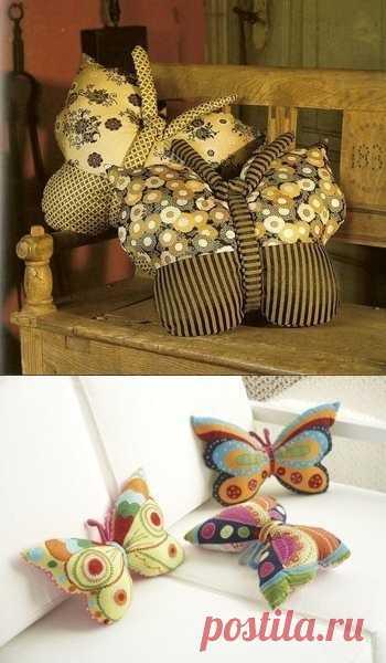 Подушка-бабочка. (Выкройка и описание не на русском языке, но интуитивно понятное по клику на картинку).