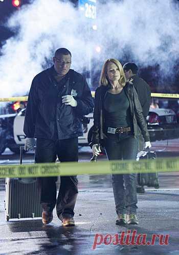C.S.I. Место преступления - Disarmed and Dangerous (2009)
