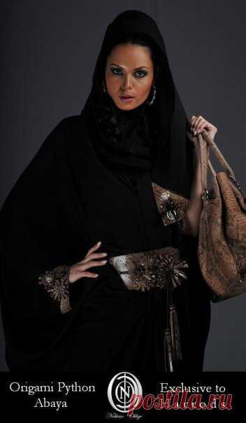 أزياء عبايات راقية من هارودز