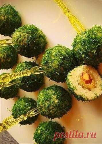 Делаем нарядные сырные шарики к праздничному столу!
