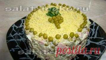 Салат оливье с яблоком. Рецепт при нажатии на фото.