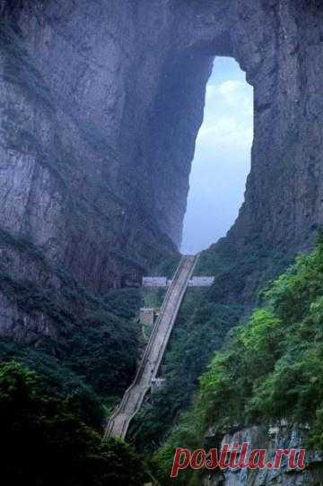 Небесная лестница, Китай.