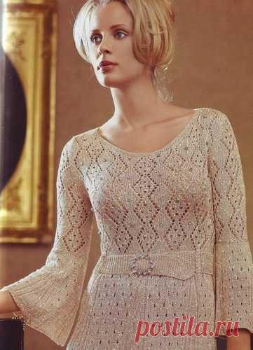Ажурное платье спицами цвета шампань | vjazem.ru