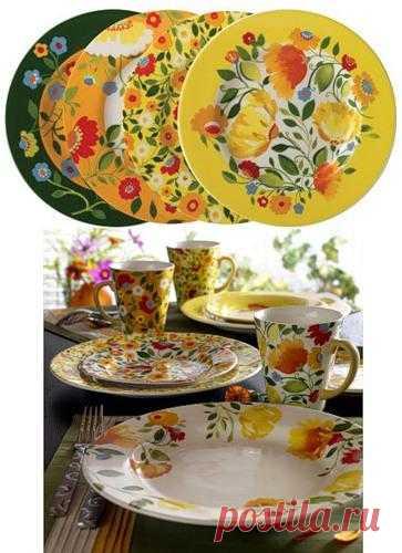 Роспись посуды от Ким Паркер – яркие растительные узоры.