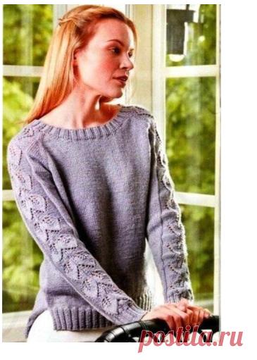 Пуловер спицами с ажурными рукавами узором листики