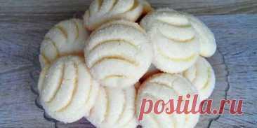 Рецепт простого, но очень вкусного печенья.