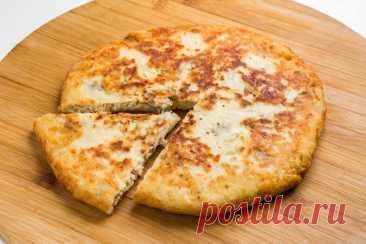 Сырная лепешка - вкусное дополнением к обеду