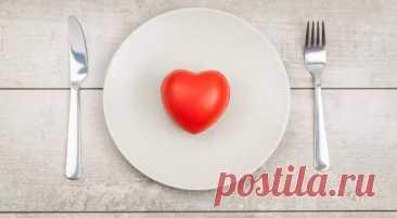 Продукты, которые помогут снизить артериальное давление за 15 дней - Будь в форме! - медиаплатформа МирТесен Для лечения гипертонии необходимо воздерживаться от вредных привычек (например, курения) и внимательно следить за своим питанием. Рекомендуется включить в свой рацион продукты, стимулирующие выведение токсинов. Как известно, артериальное давление может повышаться по многим причинам. Важную