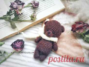 PDF Мини Мишка крючком. FREE crochet pattern; Аmigurumi animal patterns. Амигуруми схемы и описания на русском. Вязаные игрушки и поделки своими руками #amimore - маленький мишка, медведь, медвежонок.