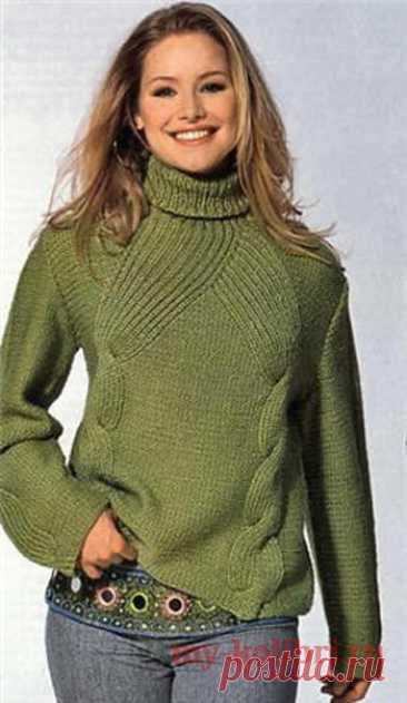Модный свитер спицами изнаночной гладью и красивыми косами - Колибри Очень интересная модель свитера, выполненного спицами, понравится всем женщинам без исключения. Свит