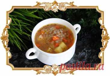 #Суп #из #тушёнки #с #картошкой и #гречкой (#рецепт #на #скорую #руку)  Приготовить этот сытный и наваристый #суп можно всего за 30 минут.  Время приготовления: Показать полностью...