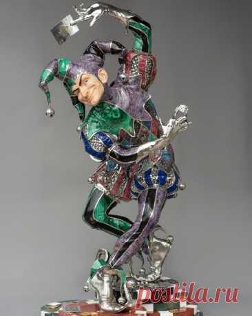 Уральские камнерезы создают 3D-статуэтки, которые на мировом арт-рынке оценены в миллионы