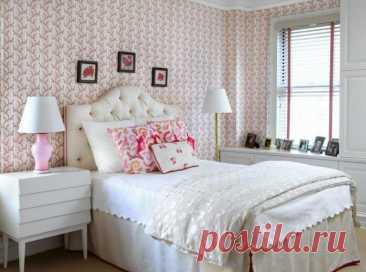 Обои для спальни – модные тренды 2021 года Спальня – это место, где мы восстанавливаем силы после тяжелого дня, расслабляемся и заряжаемся энергией на новые свершения. Поэтому к ремонту этой комнаты следует подходить максимально продуманно. Дл...