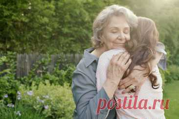 Отношения с мужчинами: что мне посоветовала бабушка Когда мы молоды, нам часто кажется, что мы знаем об отношениях все. Но перенять успешный опыт старших — редкая и ценная возможность. Блогер Чарли Дирофф рассказывает, какие советы ей дала бабушка, прожившая в счастливом браке 59 лет.