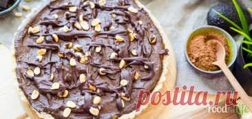"""Веганский шоколадный торт """"Сникерс"""" - рецепт с фото - FoodForLife Веганский шоколадный торт """"Сникерс"""", рецепт приготовления с простой пошаговой инструкцией и фото. Кулинарный блог """"FoodForLife""""."""