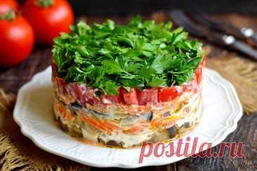 Салат «Баклажанный Рай» Салат Баклажанный рай — это слоеный салат из овощей. Основной вкус блюду задают именно баклажаны. Перед сборкой салата овощи обжаривает в масле до готовности отдельно … Читай дальше на сайте. Жми подробнее ➡