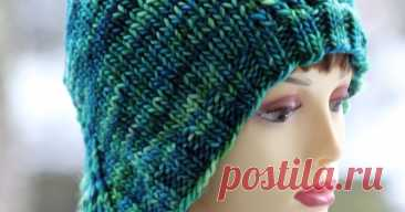 She's A Betty Bonnet A collection of free knitting patterns, most of which are perfect for stash yarns!