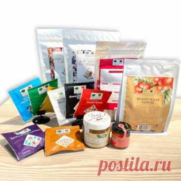 Купить Комплект ко Дню Учителя №41381 из чая в пирамидках, весового и в сашетах, кофе свежей обжарки