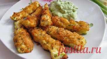 Бесподобные кабачки в сырной панировке: рецепт, который выведет овощ на новый уровень