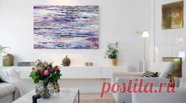 Картины в интерьере – основные тренды и правила размещения полотен Картины на стене – один из самых популярных элементов декора. Красивые полотна и панно вешали для украшения комнат еще много веков назад. Мода менялась, появлялись новые стили интерьера, однако красив...