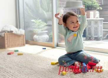 Маленький ребенок и правила безопасности в доме / Малютка