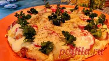 Невероятно вкусная омлетная пицца: супер быстрый рецепт на завтрак