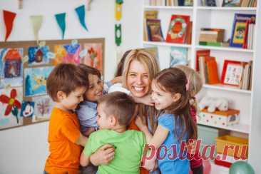 Что входит в должностные обязанности младшего воспитателя в детском саду