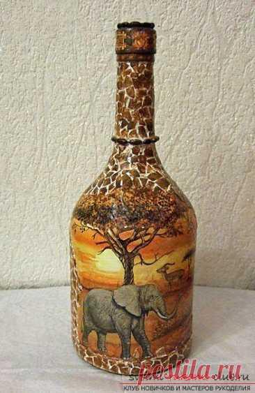 Декупаж бутылки в африканском стиле, поделки из скорлупы, как сделать мозаику из скорлупы своими руками, мозаика из яичной скорлупы на стеклянной бутылке, подробный мастер-класс по декорированию бутылки в африканском стиле.
