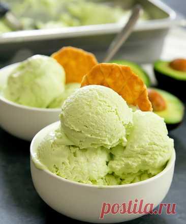 Домашнее мороженое: 5 вкусов Обожаете ходить на фестиваль мороженого и пробовать новые необычные вкусы? Мы тоже, поэтому решили научиться делать необычное мороженое. Больше не нужно будет думать, купить два шарика или...