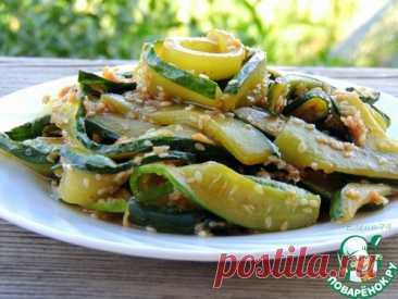 Салат из жареных огурцов по-корейски – кулинарный рецепт