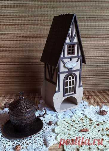 Чайный домик – купить на Ярмарке Мастеров – NOOT8RU | Чайные домики, Москва Чайный домик в интернет-магазине на Ярмарке Мастеров. Чайный домик в стиле фахверк, с красивыми декоративными накладными элементами. Домик для хранения чайных пакетиков, а так же его можно использовать как подсвечник, но только со светодиодной свечой .