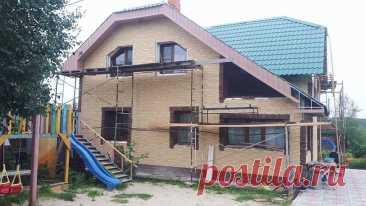 Монтаж фасадных панелей, углов и цоколя Дёке