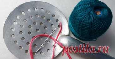 Использование шумовки не по прямому назначению. Потрясающая вышивка в два счета... Этот необычный вариант вышивки подойдет любой мастерице, отначинающей допрофи. Заправьте ткань впяльцы,...