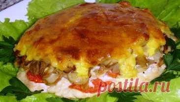 Нежное мясо с грибами под нежной, хрустящей корочкой – супер блюдо!
