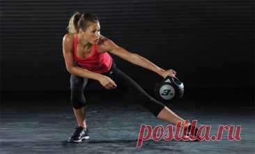 25 шикарных упражнений с медболом для всех групп мышц