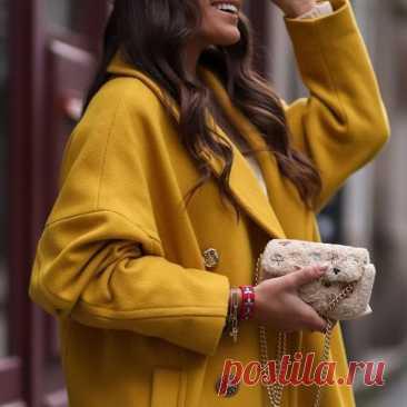 Модное решение - Осенние образы в желтом цвете #МодноерешениеОсенниеобразывжёлтомцвете #Модноерешение  https://kaleidoscopelive.ru/planeta/mo... #Осенниеобразывжёлтомцвете  #Осенниеобразы #мода #модаистиль  Желтый цвет позволяет собирать самые солнечные и яркие образы для дам. Носить желтые образы можно не только летом, но и осенью. Универсальный и жизнерадостный цвет сможет разнообразить скучный гардероб женщины с любым вкусом и стилем. https://zen.yandex.ru/media/kaleidos...