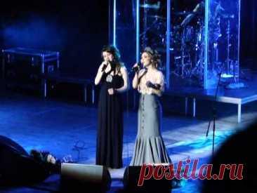 Пелагея и Алиса Игнатьева - Белым снегом (live)