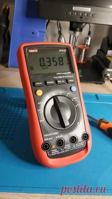 Доработка мультиметра для защиты по току и напряжению Сразу оговоримся, речь идет о конкретной модели мультиметра, а именно UNI-T UT61E. По словам мастера, да и по некоторым обзорам, мультиметр UNI-T UT61E стал одним из самых популярных мультиметров на рынке электроники для любителей. Таковым его делают точность измерения, удобство использования,