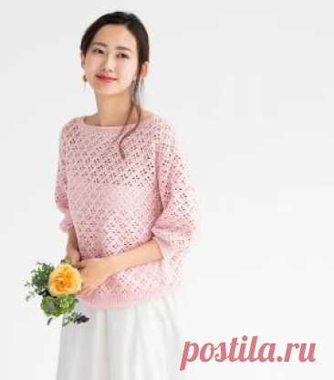 Пуловер Рокко Чудесная модель женского пуловера с рукавом 3/4, связанного из органического хлопка крючком 3 мм. Все детали пуловера вяжутся раздельно рядами...