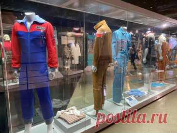 Быт космонавтов: что едят, как одеваются и умываются и другие подробности жизни в космосе   Соло-путешествия   Яндекс Дзен
